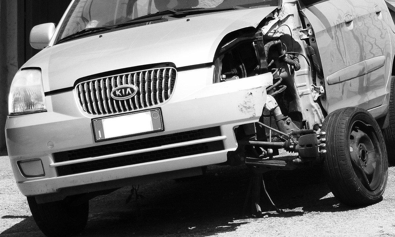 Spowodowanie wypadku pod wpływem alkoholu - Pomoc Prawna